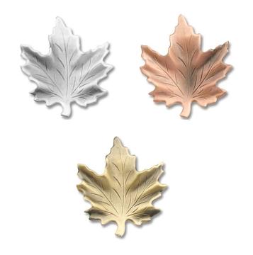 fb613c80097 Maple Leaf lapel pins